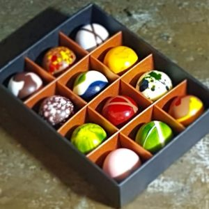 Box of 12 personalised chocolates