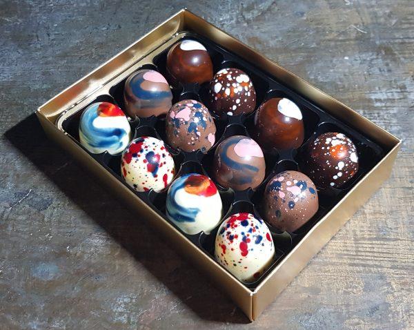 Box of 12 personalised chocolates