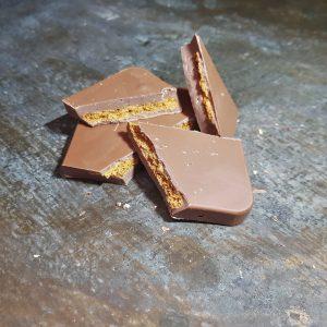 gingerbread chocolate bar